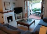 Da5 lounge access to patio [1600x1200]