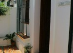 1-Alberto,18 Small courtyard entrace