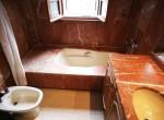 8. DP 38 Master Bathroom [1600x1200]