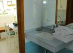 Pa 10 Large Bathroom [1600x1200]
